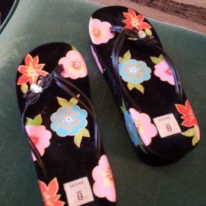 Cute floral black platform flip flops